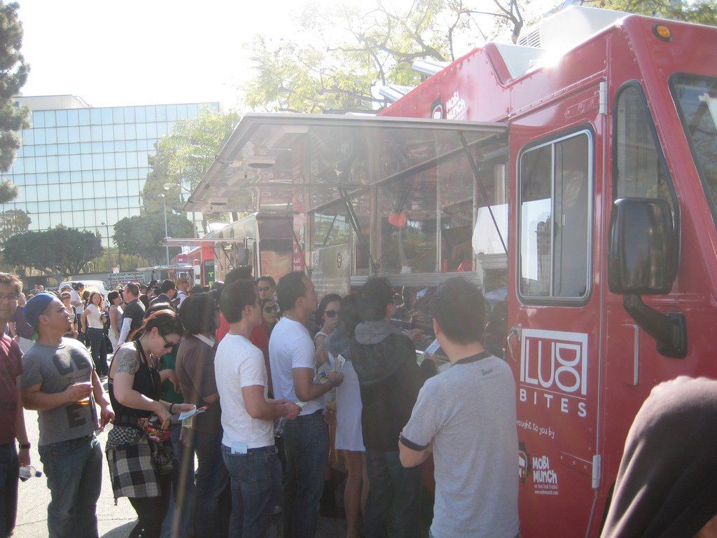 Reasons Why Entrepreneurs Should Break Into The Food Truck Industry